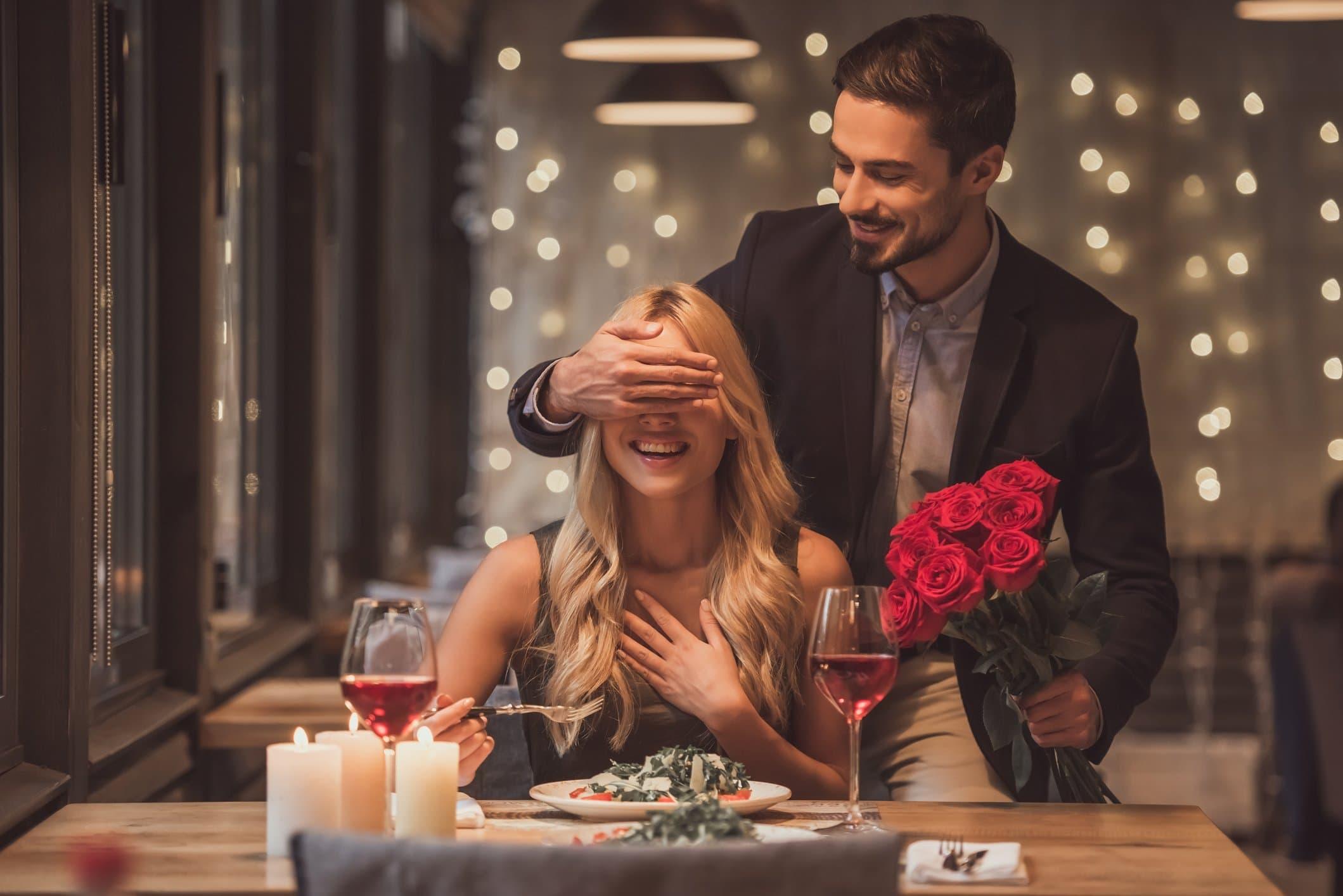 Встреча мужчины и женщины в картинках